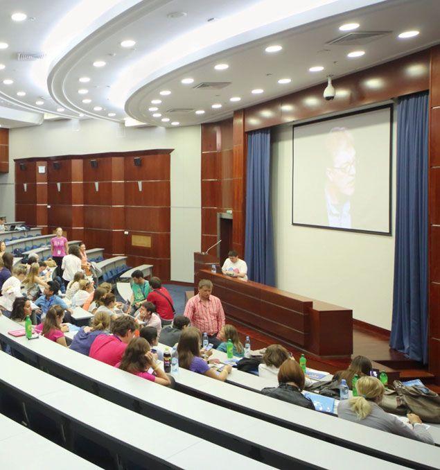 Pramiegotos universitetų reformos grimasa - 4 fuxai sąraše