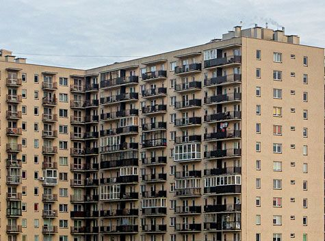 Nekilnojamojo turto rinka: jau šilta, bet dar nekaršta