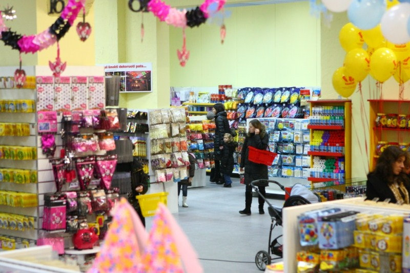 Balionu salis e parduotuve