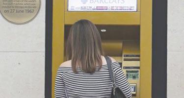 """""""Pusamžiai"""" bankomatai vis dar nepakeičiami"""